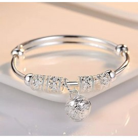 Beautiful elegant 925 silver bracelet perfect for a gift for a loved one